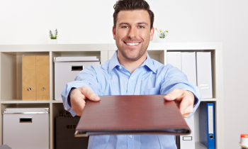Bewerbung als Karriereleiter – Wie du dich erfolgreich gegenüber Mitstreitern durchsetzt